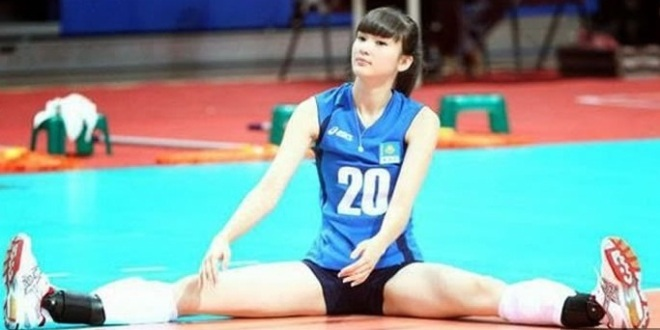 Kazakh volleyball player Sabina Altynbekova so attractive nobody watches the sport anymore | Daily Mail Online